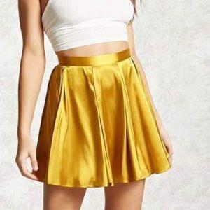 FOREVER 21 Satin Flowy Skirt